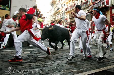 Отдых в Испании, Сан-Фермин, Памплона, энсьерро, бег быков, всё об Испании